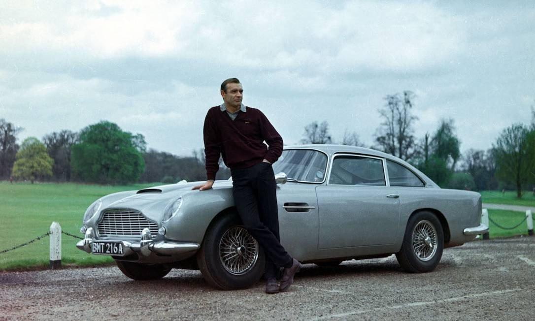 Aston Martin Db5 E O 007 Filme